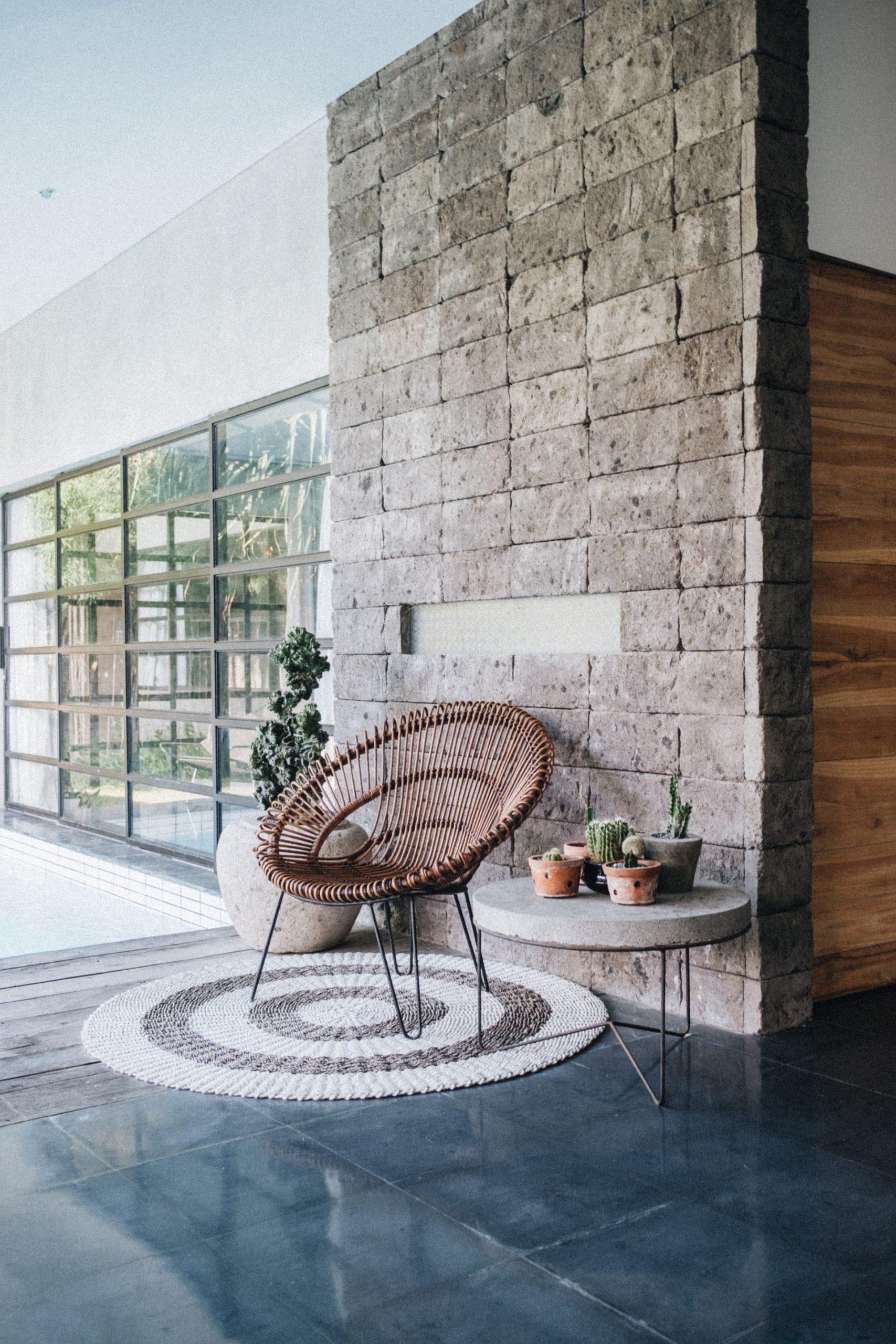 exterior-chair